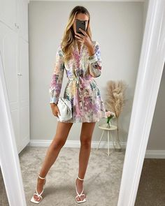 Stylish Dresses, Stylish Outfits, Fashion Outfits, Classy Going Out Outfits, Mode Inspiration, Preppy Style, Modest Outfits, Everyday Outfits, Day Dresses