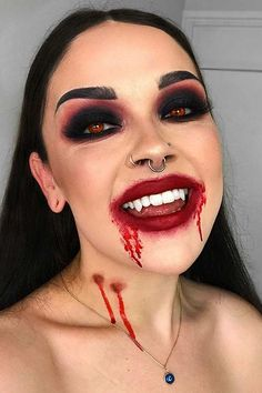 Halloween Costumes Women Scary, Vampire Costumes, Diy Halloween Costumes For Women, Halloween Vampire, Pop Culture Halloween Costume, Halloween Looks, Halloween Outfits, Vampire Costume Women, Halloween Face Makeup