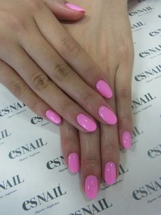 Bubblegum Pink Nails