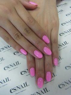 pink round nails