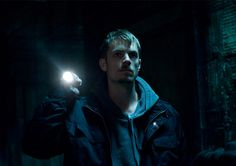 Joel Kinnaman from The Killing. Shelby read today he is Swedish! he plays this part perfectly. Good show so far.