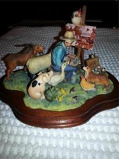 "Lowell Davis ""The Critics"" Figurine with Wooden Base 1982 452/1200"