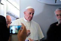 """El Papa Francisco apoya acción internacional para detener """"agresor injusto"""" en Irak"""