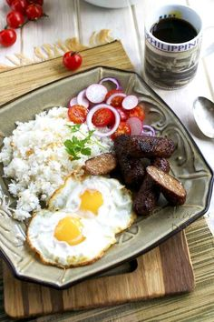 Longganisa | 24 Delicious Filipino Foods You Need In Your Life