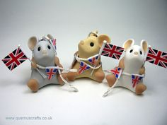 Bunting Mice by QuernusCrafts, via Flickr
