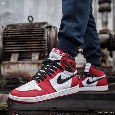 Jordan 1, Nike Air Jordan, Nike Air Force, Air Jordan Sneakers, Sneakers Nike, Jordan Tenis, Nike Lunarlon, Nike Roshe One, Zapatillas Jordan Retro