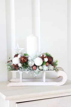 An arrangement idea for the stained glass sleigh
