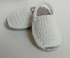 Menorquinas de bebé en crochet. 100% algodón. x
