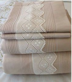 Cross Stitch Patterns, Crochet Patterns, Tatting Tutorial, Crochet Lace Edging, Hand Embroidery Designs, Vintage Crochet, Knitting Stitches, Home Textile, Linen Bedding