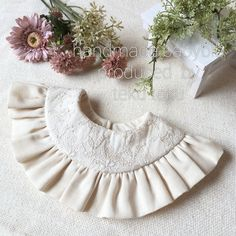 Baby Kids Clothes, Diy Clothes, Toddler Fashion, Kids Fashion, Broderie Simple, Sewing Collars, Dress Neck Designs, Baby Sewing Projects, Dog Dresses