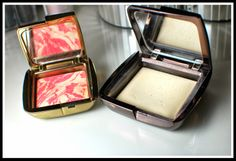 Hourglass ambient lighting blusher in Diffused heat and finishing powder in diffused light
