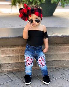 100 Cutest Baby Girls in 2019 From Around The World So Cute Baby, Cute Babies, Fun Baby, Baby Girl Pants, Cute Baby Girl Outfits, Cute Baby Clothes, Baby Girls, Outfits Niños, Kids Outfits