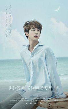 """[TRANS] [170812] Dòng chữ trong poster #LOVE_YOURSELF của Jin """"만약 시간을 되돌릴 수 있다면 그 여름의 바다로 돌아가고 싶어"""" - """"Nếu tôi có thể quay ngược thời gian trở lại, tôi muốn quay lại đại dương vào mùa hạ năm ấy"""" - """"If I could turn back time, I would go back to the sea on that summer day"""" #ad"""