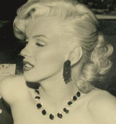 ❤Marilyn Monroe ~*❥*~❤ January 1, 1953 New Years Hollywood