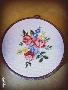 #kanaviçe #handmade #carpiisi #etamin #kasnak
