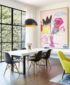 25 Modern Dining Room Decorating Ideas - Contemporary and Traditional Wall art quotes Diy wall art Wall art living room Kitchen wall decor Bedroom wall art Wall art prints Upper Century Dining Room Walls, Dining Room Design, Dining Area, Dining Table, Deco Miami, Dining Room Inspiration, Furniture Inspiration, Design Inspiration, Deco Design