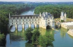 Been: Château de Chenonceau, Loire Valley, France (also known as the Sleeping Beauty Castle). by riczkho Beautiful Castles, Beautiful Buildings, Beautiful Places, Valle Del Loire Francia, The Places Youll Go, Places To See, Angers France, Amboise France, Loire Valley France