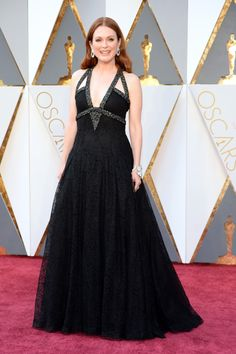 Oscars 2016: Best Dressed at the 88th Academy Awards - Julianne Moore-Wmag
