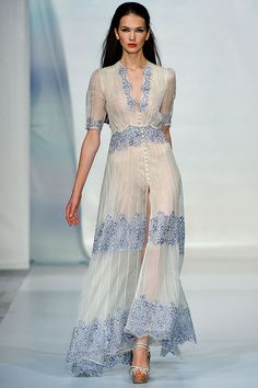 Luisa Beccaria Spring 2014 Ready-to-Wear Fashion Show - NanangCe ~ Fashion Week, Runway Fashion, High Fashion, Fashion Show, Fashion Design, Milan Fashion, Fashion Fashion, Spring Fashion, Luisa Beccaria