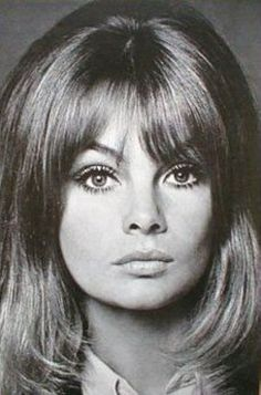 "Before Twiggy, Jean Shrimpton was the supermodel of England. She recently stated, ""It's hypocritical to pretend that fashion is normal, that people in it are role models. Jean Shrimpton, Top Models, 1970 Style, Colleen Corby, Most Beautiful Women, Beautiful People, Look Jean, 1960s Fashion, Vintage Fashion"