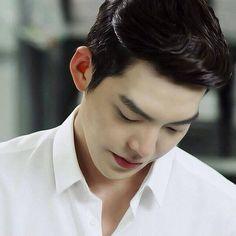 Kim Woo Bin, handsome =)