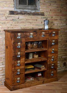 commode, tiroirs,  étagères, ancien meuble d'atelier - 865€