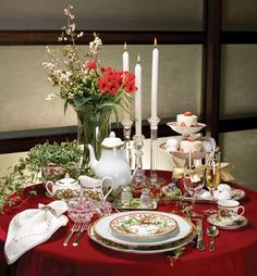 Alluring Holiday Tables