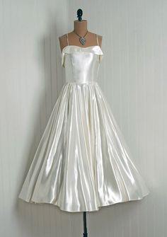 Vintage Wedding Dresses On Pinterest Tea Length Wedding