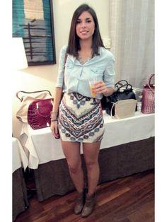 la_poire_rouge Outfit  denim navajo  Otoño 2012. Combinar Falda Beige Bershka, Camisa-Blusa Azul cielo Blanco, Cómo vestirse y combinar según la_poire_rouge el 8-10-2012