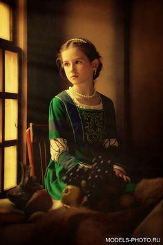 Výsledok vyhľadávania obrázkov pre dopyt young lady medieval