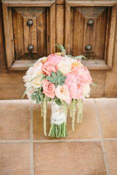 Peach and pink bouquet | Read More: http://www.stylemepretty.com/california-weddings/2014/06/27/romantic-villa-de-amore-wedding/ | Photography: Kristen Booth - kristenbooth.net/
