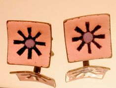 Mid Century Modernist Very Unusual Gold Plated Men's Bright Cut Cufflinks Driving Miss Daisy, Murphy Brown, Vintage Cufflinks, Colorful Backgrounds, Plating, Enamel, Mid Century, Things To Sell, Pink