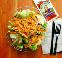 Copycat new mans own southwest dressing recipe Southwest Salad Dressings, Southwest Dressing, Southwestern Salad, Mcdonald's Southwest Salad Recipe, Big Salad, Soup And Salad, Pasta Salad, Healthy Snacks, Healthy Eating