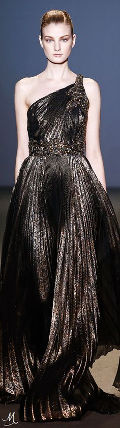 FALL 2011 READY-TO-WEAR Andrew Gn
