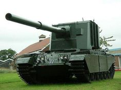 FV4005 Stage 2 - British prototype of tank destroyer armed in 183 mm gun