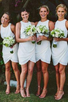 Simple Scoop Sleeveless White Short Bridesmaid Dress