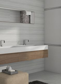 For a cool, chic look in your bathroom, opt for our Soho range of tiles. Shown here: Soho Blanco, Gris, Gris Lineas.