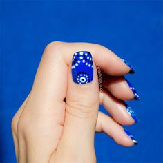 This year's Australia Day nail art is a tribute to Indigenous Australian culture. This nail tutorial shows how to do the traditional Aboriginal Art pattern Nail Polish Brands, Blue Nail Polish, Get Nails, Hair And Nails, Bright Blue Nails, Indigenous Australian Art, Blue Nail Designs, Nails At Home, Nail Art Diy