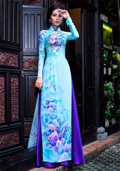 Dai Blue Sartorial Adventure — Vietnamese ao dai by Thai Tuan Ao Dai, Vietnamese Traditional Dress, Vietnamese Dress, Stylish Dress Designs, Stylish Dresses, Long Dress Fashion, Fashion Dresses, Traditional Fashion, Traditional Dresses