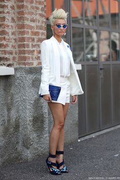 #EstherQuek at #MilanFashionWeek Short suits are so polished. The haircut and pumps are pretty but edgy.