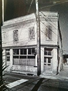 Saloon Building at 301 Depot Ave. East Tennessee, Historical Photos, Abandoned, Vegas, Jackson, America, History, Building, Classic