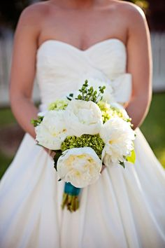 Nottoway Plantation Wedding from Stevie Ramos Photography  Read more - http://www.stylemepretty.com/2011/10/20/nottoway-plantation-wedding-from-stevie-ramos-photography/