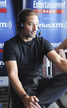 Josh Holloway Photos Photos - Actor Josh Holloway attends SiriusXM's Entertainment Weekly Radio Channel Broadcasts From Comic-Con 2015 at Hard Rock Hotel San Diego on July 10, 2015 in San Diego, California. - SiriusXM's Entertainment Weekly Radio Channel Broadcasts From Comic-Con 2015