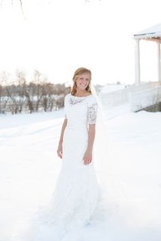 if we were getting married in the winter! Gorgeous!