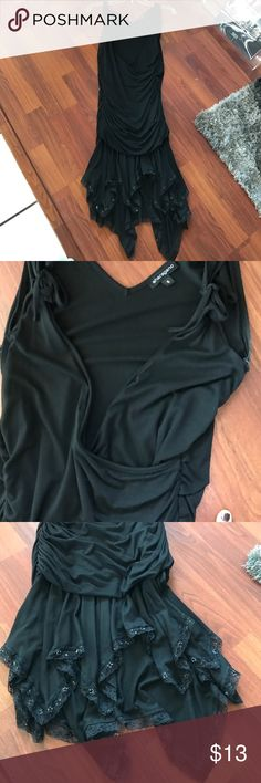Sharagano Dress Sharagno dress size small. Super cute. No damage. Sharagano Dresses Midi