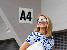 LACK OF COLOUR - Blog / Printed dress #outfit + #mirrored #sunglasses