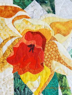 Daffodil Applique PDF Quilt Pattern  Art Quilt by Jane L Kakaley  close up  www.etsy.com/shop/JaneLKakaley