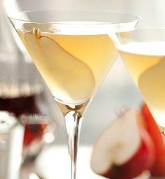 La Poire Peartini - Martini recipe by Grey Goose vodka - http://www.cocktailpros.com/la-poire-peartini