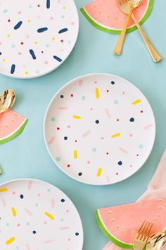 DIY Confetti Pattern plates #porcelain #painting #crafts