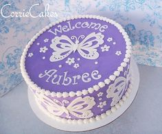Butterfly Baby Shower iced in BC with MMF handcut decoration Baby Shower Sheet Cakes, Baby Shower Cupcakes For Girls, Girl Cupcakes, Baby Shower Fun, Cupcake Cakes, Diaper Shower, Fun Baby, Purple Butterfly Cake, Butterfly Cakes
